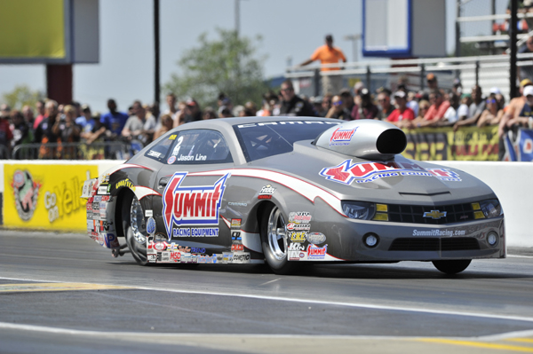 Jason Line Wins Pro Stock at NHRA Fall-Nationals With A New Carb From Holley