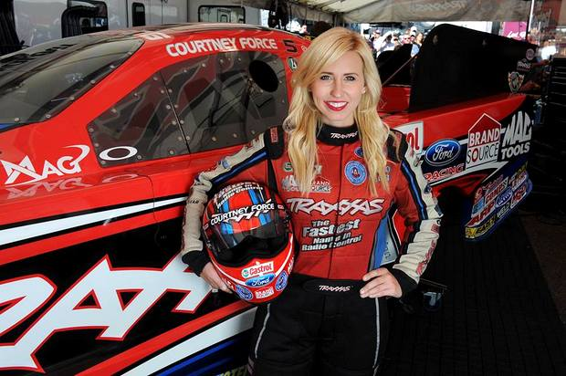 Five Questions With Courtney Force Racingjunk News