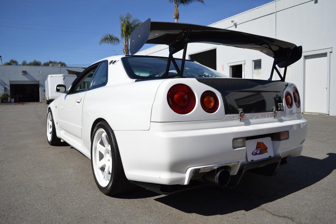 Nismo R34 Skyline GT-R N1-011