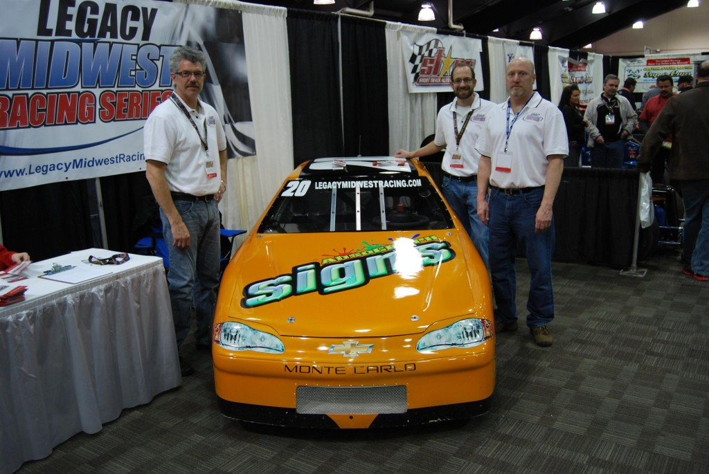RJ40 Legacy Midwest Racing Photo 01