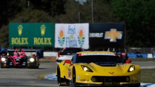 2014_Sebring_Day1_900x600_v01Feature
