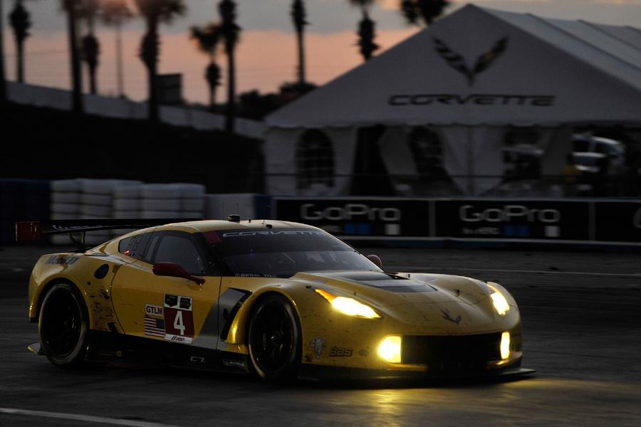 No4_Corvette