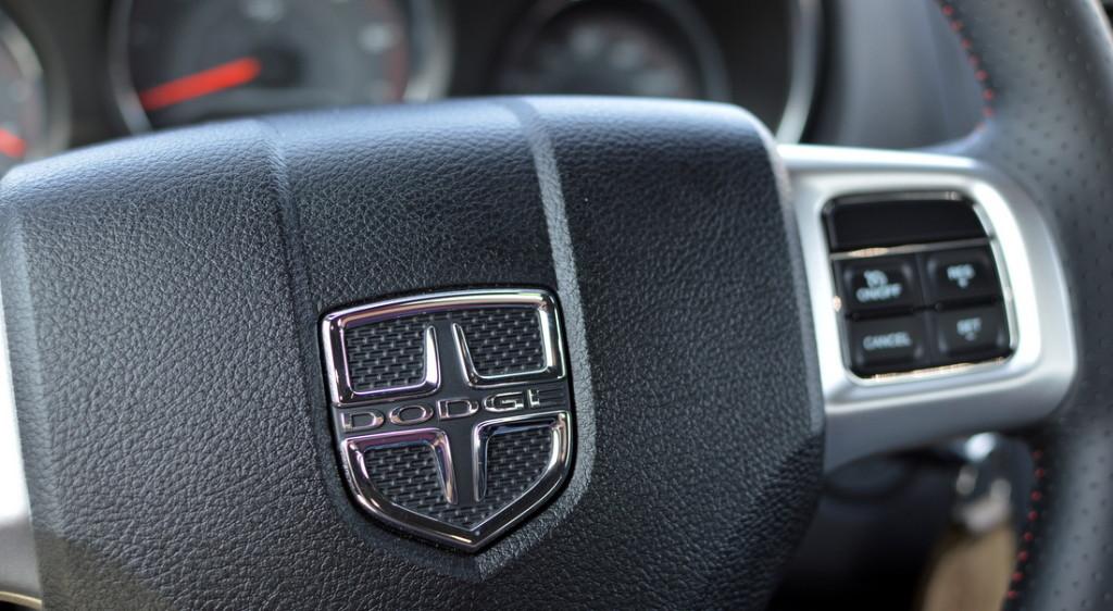 2014 Dodge Avenger R/T