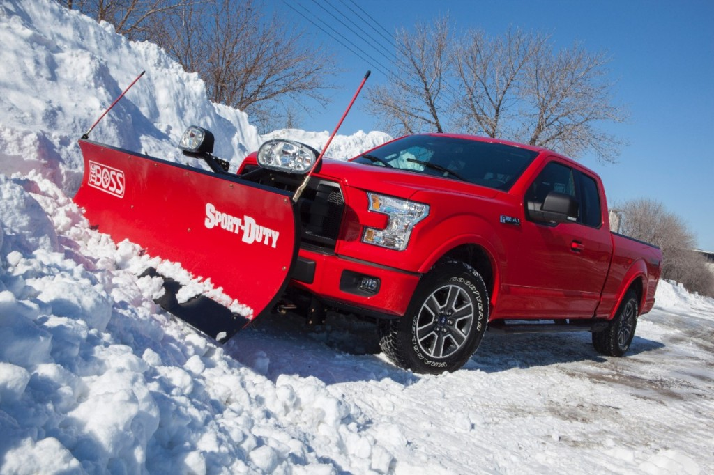15F150SnowPlow_02_HR