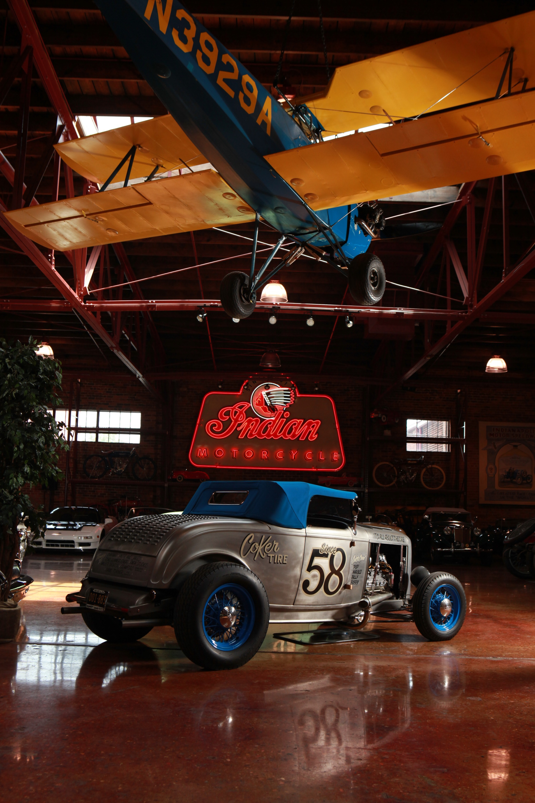 Pin Ups, Hot Rods, and Americana Rock the Country Music Capitals 3
