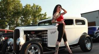 Pin Ups, Hot Rods, and Americana Rock the Country Music Capitals