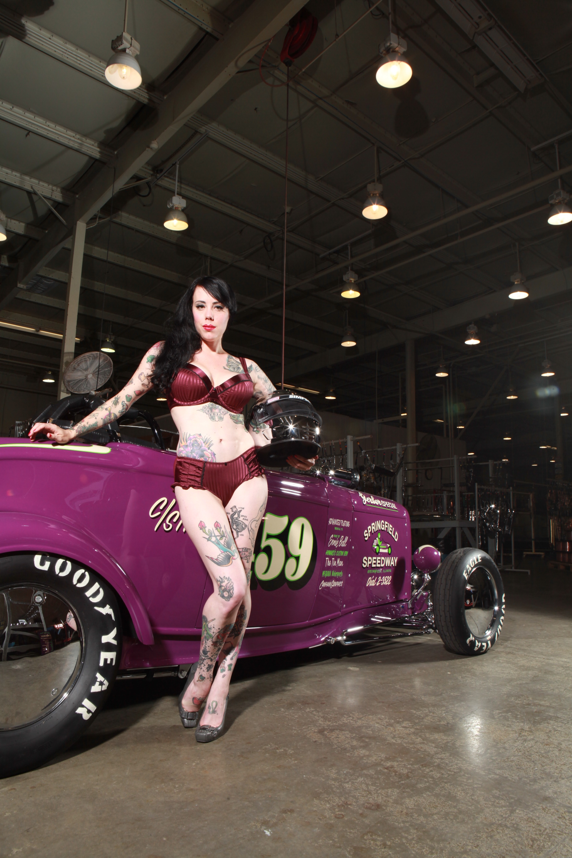 Pin Ups, Hot Rods, and Americana Rock the Country Music Capitals 8