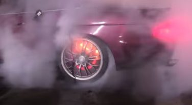 [VIDEO] Brakes Catch Fire During Burnout Contest