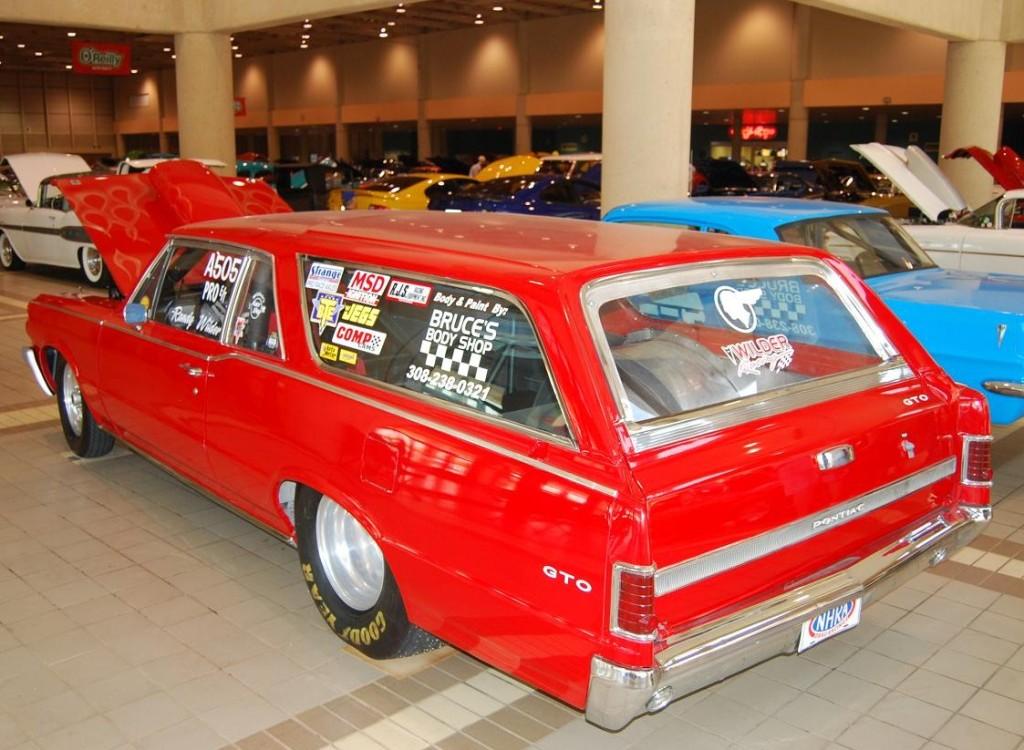 POCI Race GTO Wagon