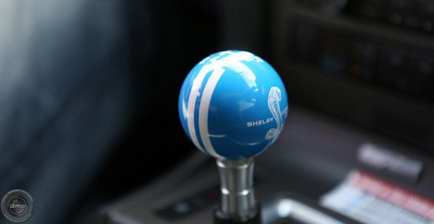 World-Class-Driving-Shelby-Mustang-GT500-Shift-Knob