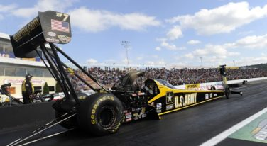 Schumacher and Hagan Rule Over Reading in NHRA Nats