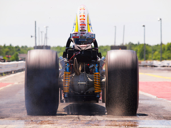 Dragster burn out