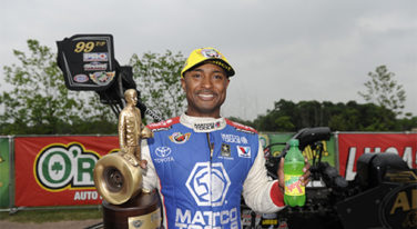 Antron Brown Keeps Moving Forward