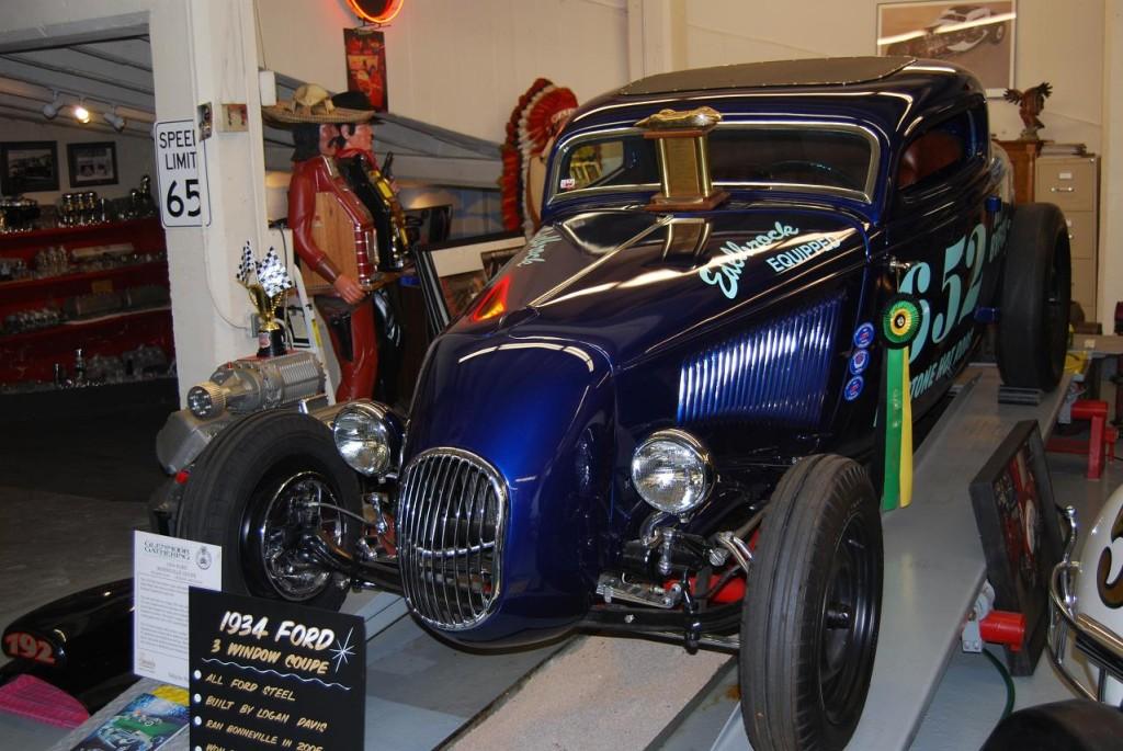 34 Bonneville Coupe Photo 01