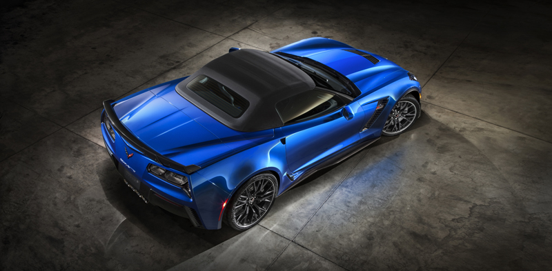 For the first time since 1963, the Z06 is also offered in coupe and convertible versions.
