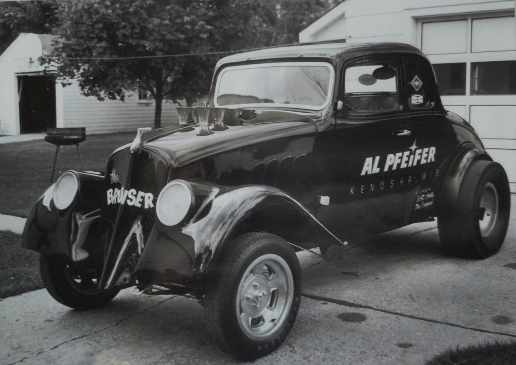 Al Pfeifer's Willys 5-window was a neat looking gasser.