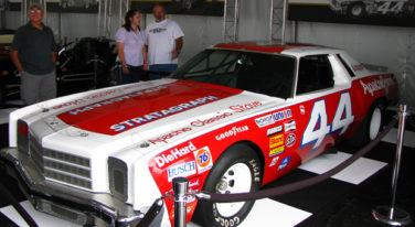 Texas' Terry Labonte Takes First NASCAR win at Darlington