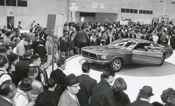 Detroit auto show 1967 Mustang Mach 1 sm