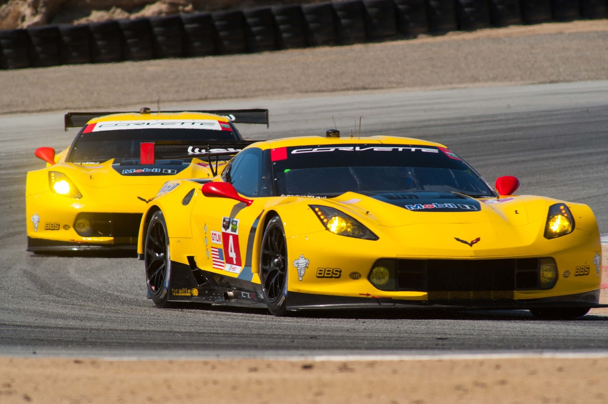 misfortune for corvette racing at monterey grand prix racingjunk news. Black Bedroom Furniture Sets. Home Design Ideas