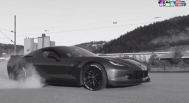 C7 Corvette Laying Down Some Serious Rubber