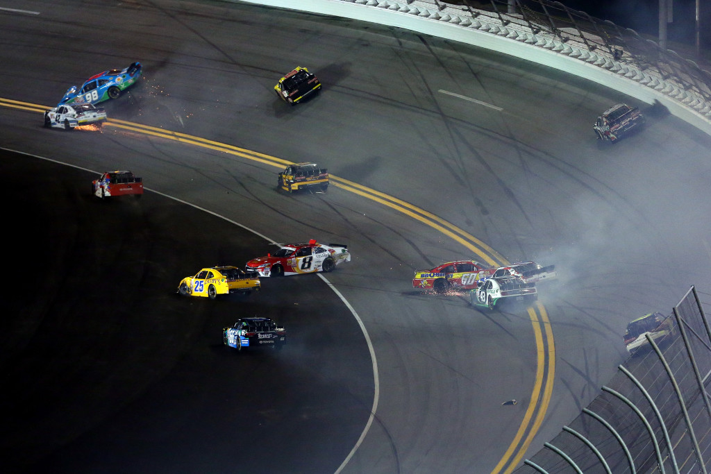 15NASCARDaytona400Accident