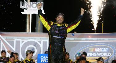 NASCAR Stops Kentucky Race Five Laps Short; Declares Crafton Winner