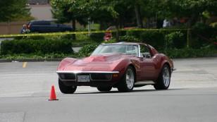 1280px-1970_Corvette_Autocrossing