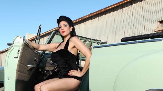 Pinup of the Week: Lorena Loren