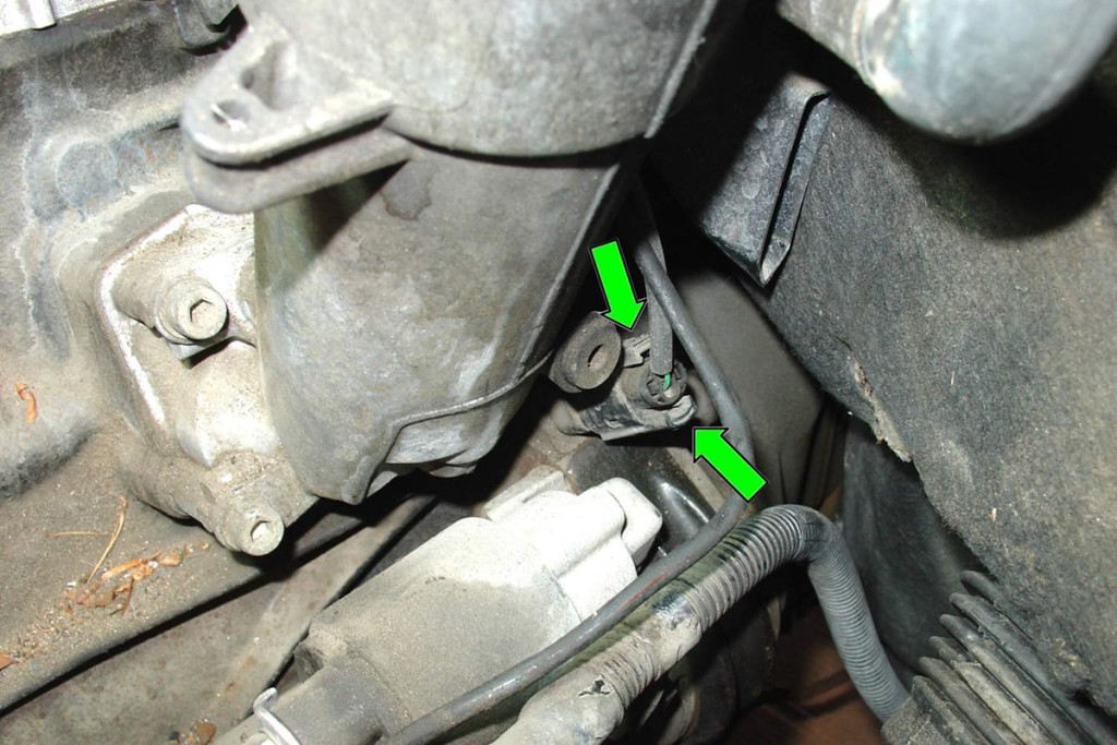 This is a crankshaft position sensor.  Some are installed like this, in the engine block, while others are installed on the front of the engine where they can be damaged.