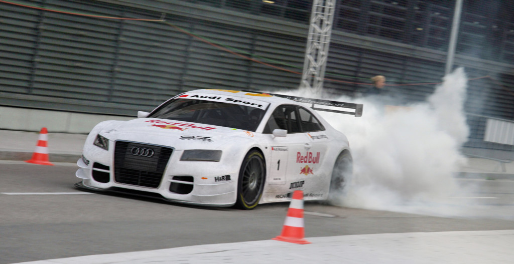 Managing Your Tires,Burnout,pitlane,Audi