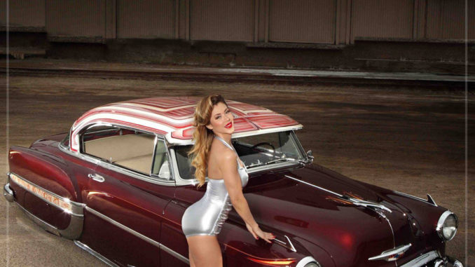 Pinup of the Week: Ursula Mayes