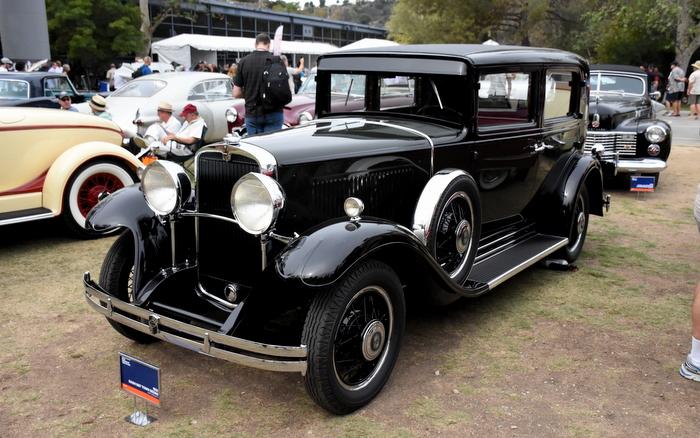 1931 Nash 887 Town Sedan