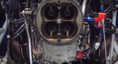 [Video] NASCAR Engine on Dyno with Carburetor View