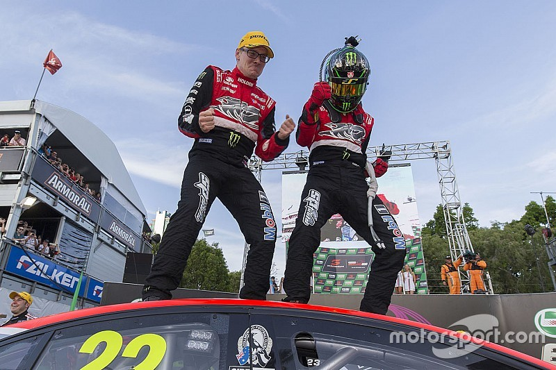 v8supercars-surfers-paradise-2015-winners-james-courtney-and-jack-perkins-holden-racing-te