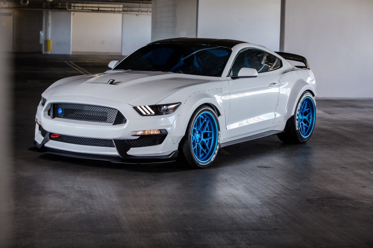 2016 cobra jet mustang drag racer unveiled at sema - Mustang cobra ...