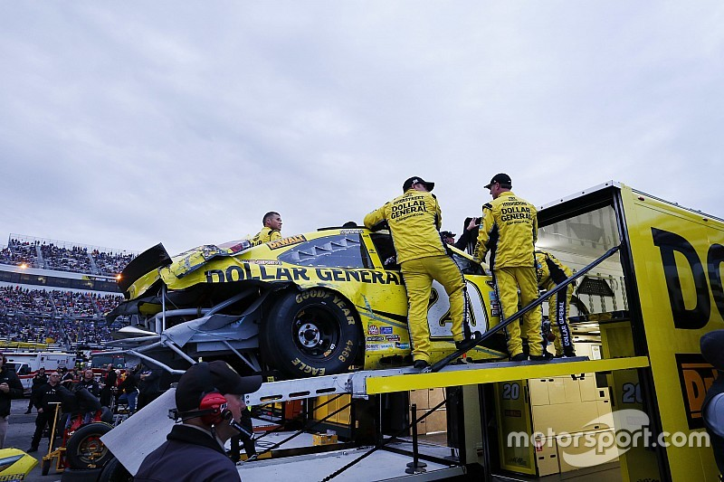 nascar-cup-martinsville-ii-2015-matt-kenseth-joe-gibbs-racing-toyota