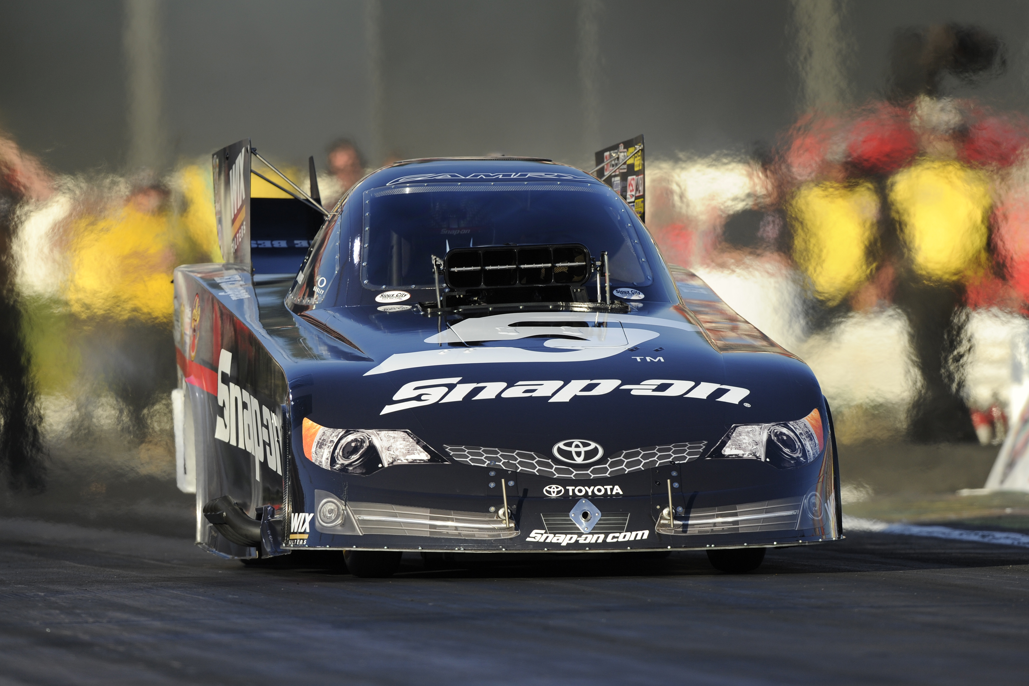 Should NHRA Go Back to 1,320 Feet? – RacingJunk News