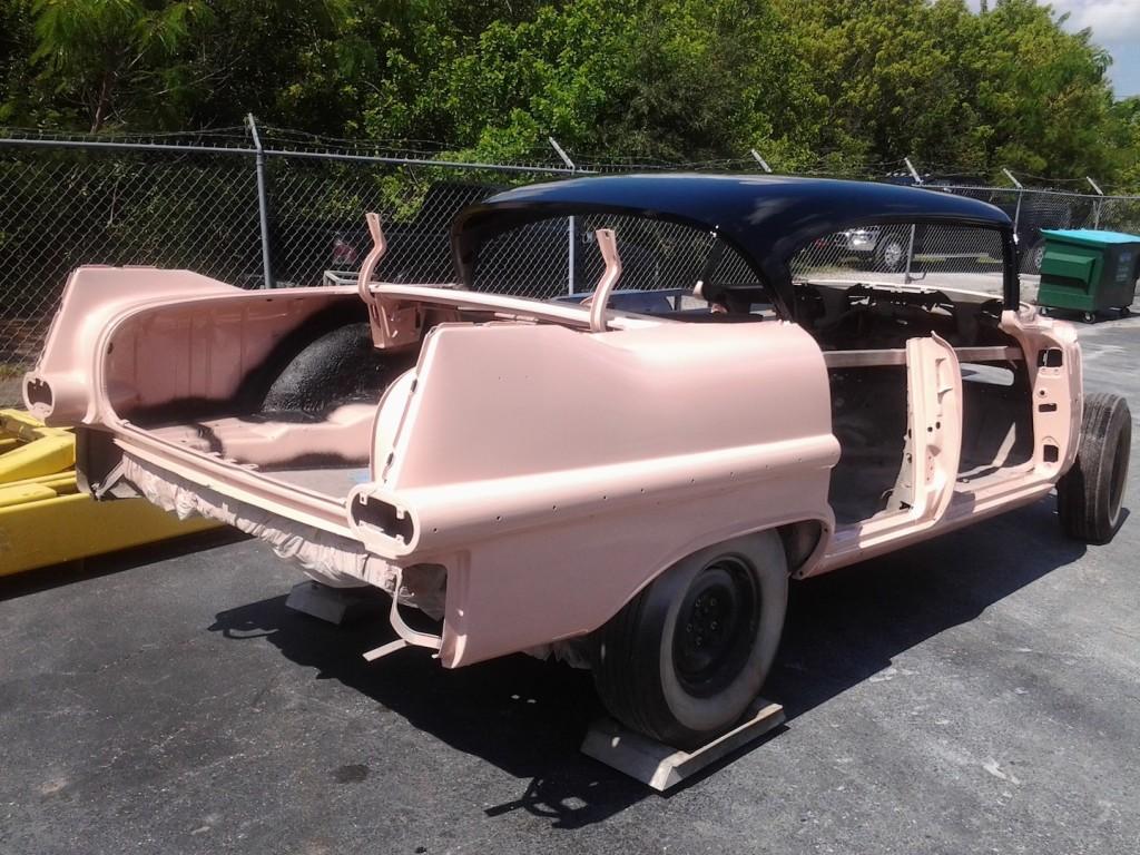 Elvis '57 Cadillac Deville