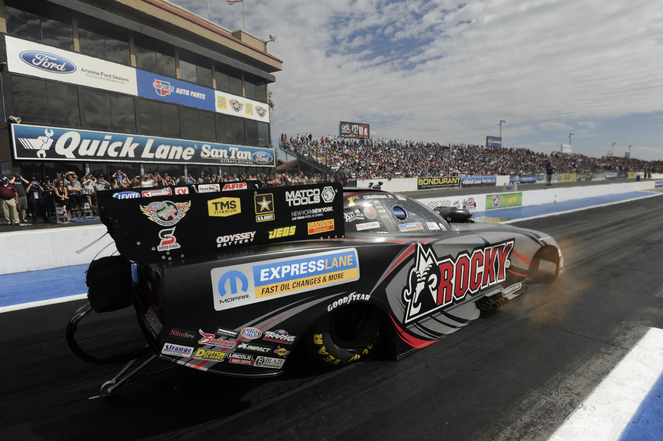 Dickie Venables Vying For 3rd Funny Car Championship In