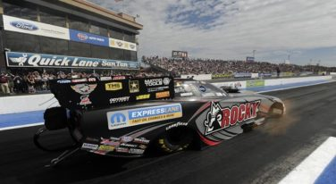 Dickie Venables Vying for 3rd Funny Car Championship in 2016