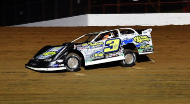 Shirley Uncontested in Spring Nationals Finale