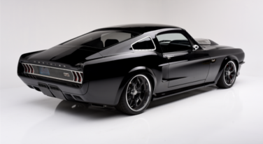 Top 5 Coolest Cars Crossing the Block at Barrett-Jackson Northeast 2016