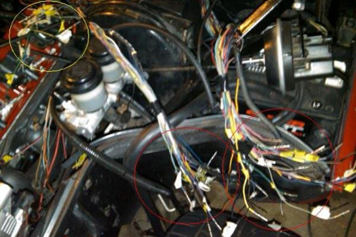 1991 Corvette C4 Ls Swap Racingjunk News Wiring Once He Had The Harness Figured Out Rafael Laid It Into Car To Check Fitment Wires In Yellow Circle Needed Be Lengthened A Bit