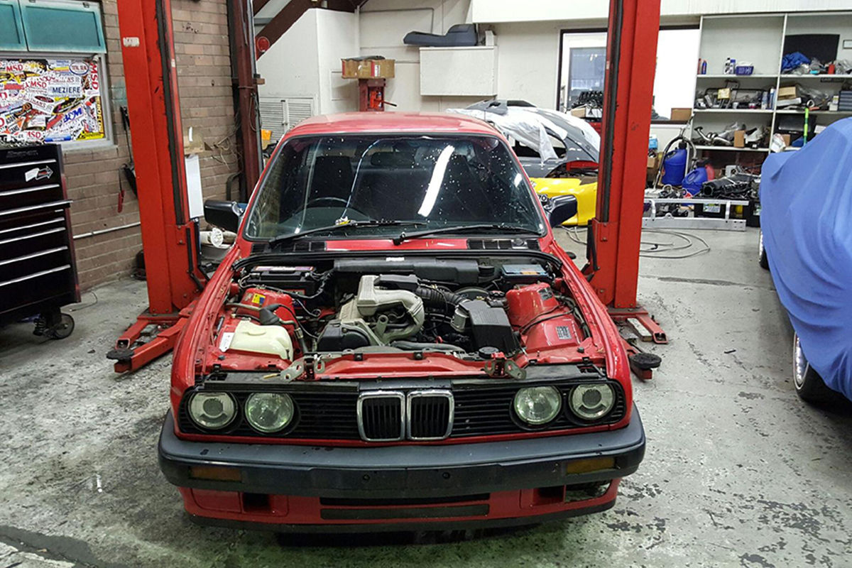 Bmw E30 Gets An Ls Swap Racingjunk News Engine Diagram The Inline Six In Johns Looks Anemic When Compared To Photo Above
