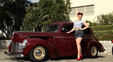 Pinup of the Week: Vikki Fahrenheit