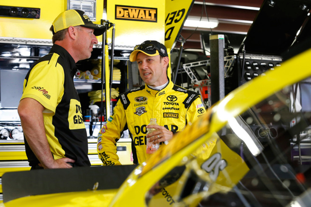 Kenseth and crew chief Jason Ratcliff talk in the garage before the race at New Hampshire.