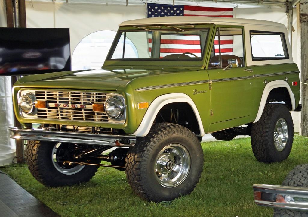 Gateway Bronco '72 Survivor at Ford Nationals