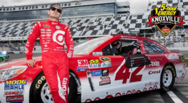 Kyle Larson Enters Knoxville Nationals