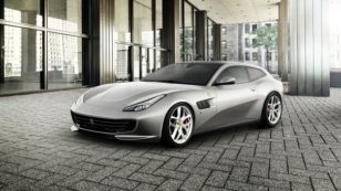 Ferrari GTC4Lusso T Revealed