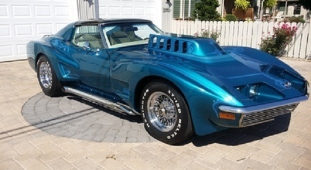 Today's Cool Car Find is this 1972 Corvette